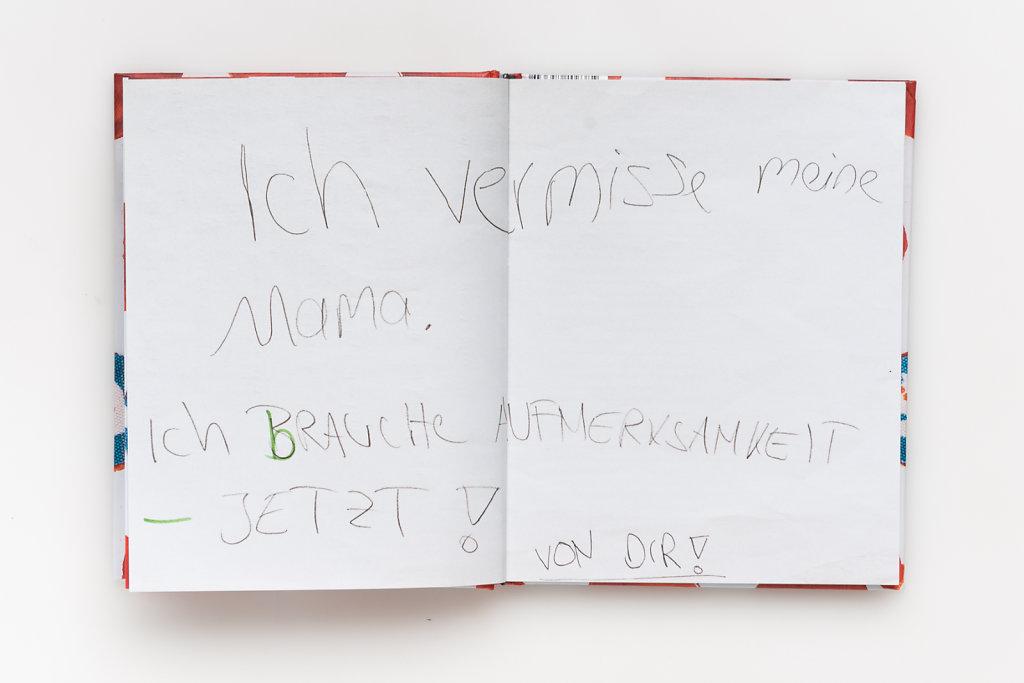FabianWeiss-Tearsheet-1310-BOOK-Wolfskinder-03.jpg